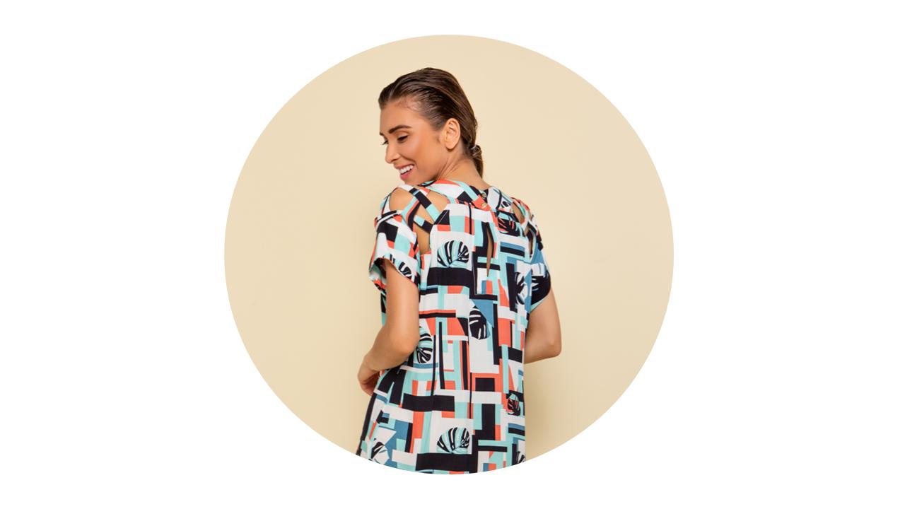 p70374 vestido curto praia estampado geometrico nova colecao 1
